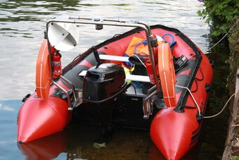 Midlands Safety Boats And Work Boat Hire Services
